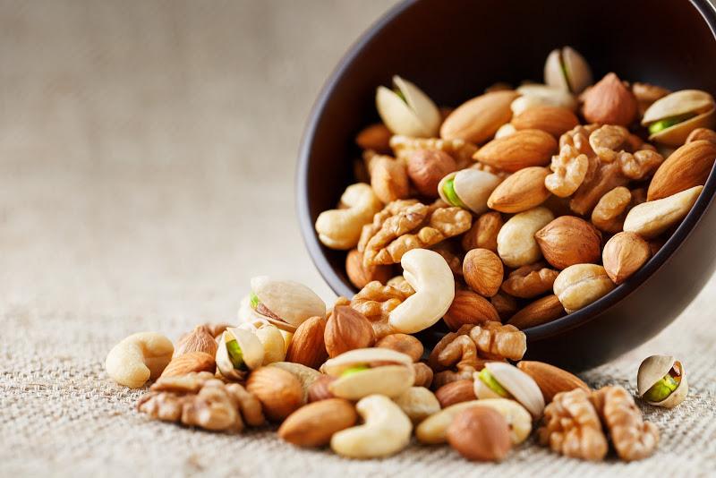 Bốn loại thực phẩm giúp tăng sức đề kháng mùa Corona, loại thứ tư ít ai nghĩ đến! - Ảnh 3.