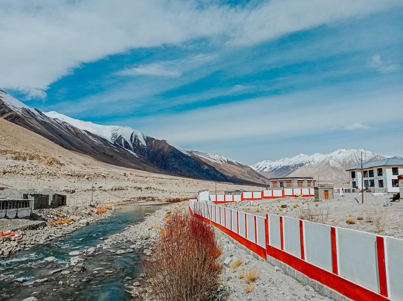 Những trải nghiệm không dành cho những người thích an nhàn tại Ladakh - Tiểu Tây Tạng của Ấn Độ - Ảnh 7.