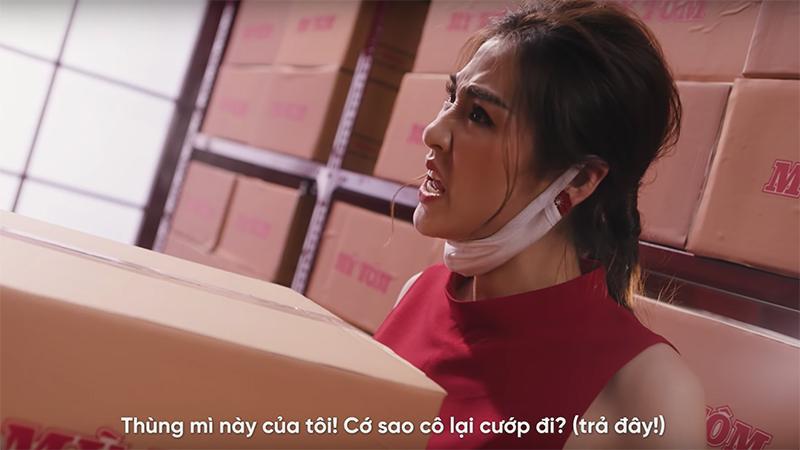 Á hậu Tú Anh bất ngờ tung MV ca nhạc về dịch Covid-19 - Ảnh 2.