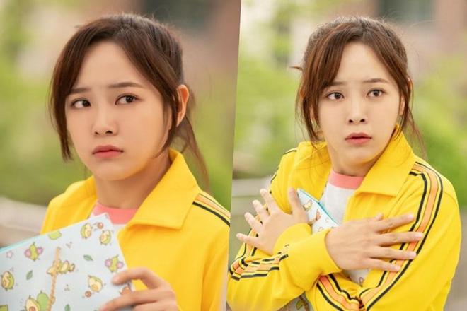 """Se Jeong (Gugudan) đối đầu Ji Yeon (T-Ara) trong phim mới """"Để âm nhạc cất lời"""" - Ảnh 3."""