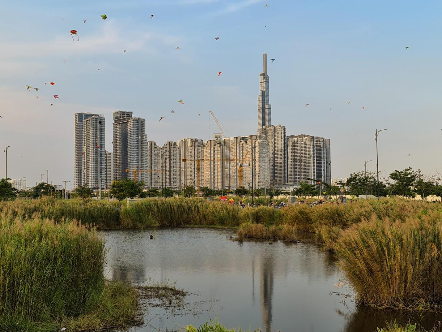 Ở nhà tranh thủ ngắm nhìn Sài Gòn ngay lúc này: nhận ra nhiều điều hay, vẻ đẹp mình lỡ đánh rơi - Ảnh 9.