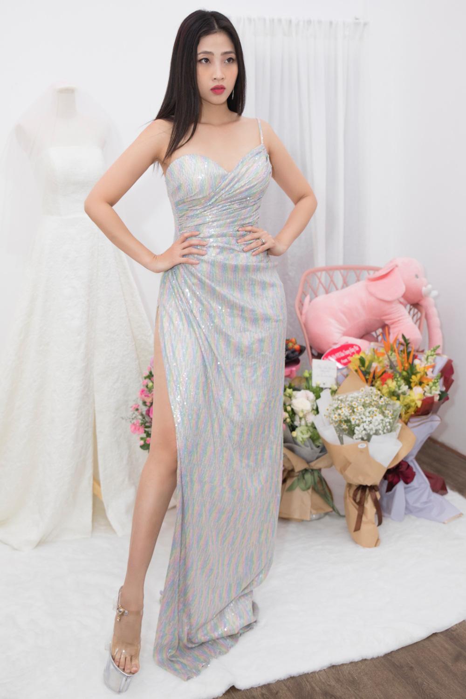 MC Liêu Hà Trinh, Á hậu Hà Thu dự tiệc khai trương Nhà mốt 9192 - Ảnh 3.