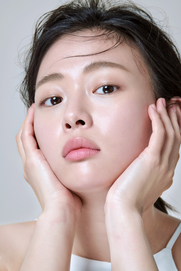 """Chăm da căng mọng, rạng rỡ """"bling bling kiểu Hàn: Chu trình bao nhiêu bước tùy bạn nhưng không thể bỏ qua ba nguyên tắc này! - Ảnh 1."""