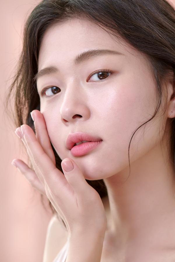 """Chăm da căng mọng, rạng rỡ """"bling bling kiểu Hàn: Chu trình bao nhiêu bước tùy bạn nhưng không thể bỏ qua ba nguyên tắc này! - Ảnh 4."""