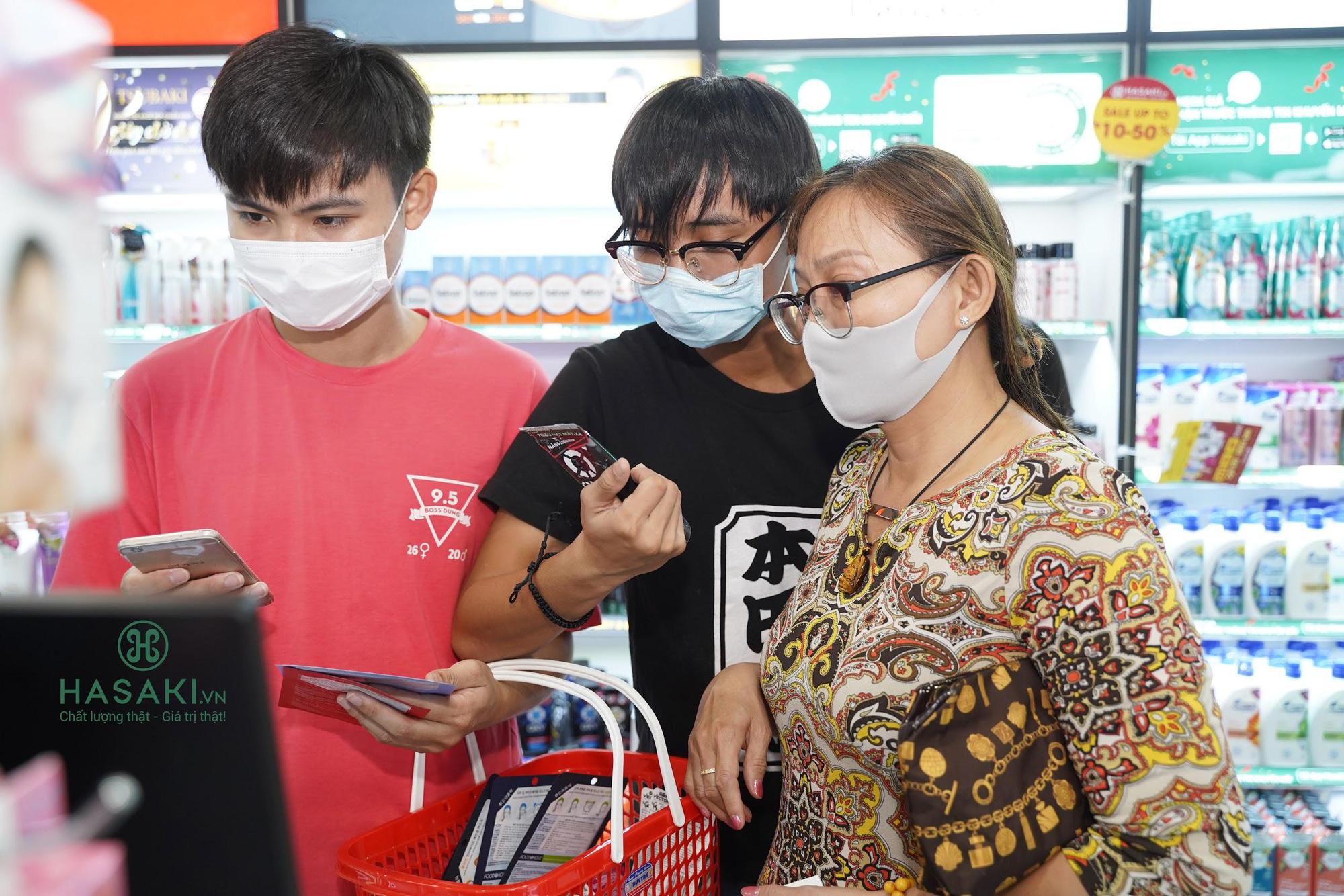 Lần đầu tiên khai trương 3 ngày, Hasaki tặng 3.000 khẩu trang, tung khuyến mãi khủng, chỉ 4.000đ đã mua được đồ chất - Ảnh 7.