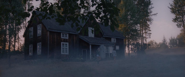 """""""Ác mộng bên hồ"""" – đang mùa Cô Vy, du lịch tới Na Uy tìm cô kinh dị - Ảnh 3."""