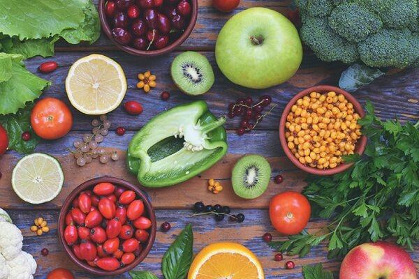 Nguyên phó Viện trưởng Viện dinh dưỡng quốc gia: Bổ sung Vitamin C liều cao rất cần thiết trong mùa dịch - Ảnh 3.