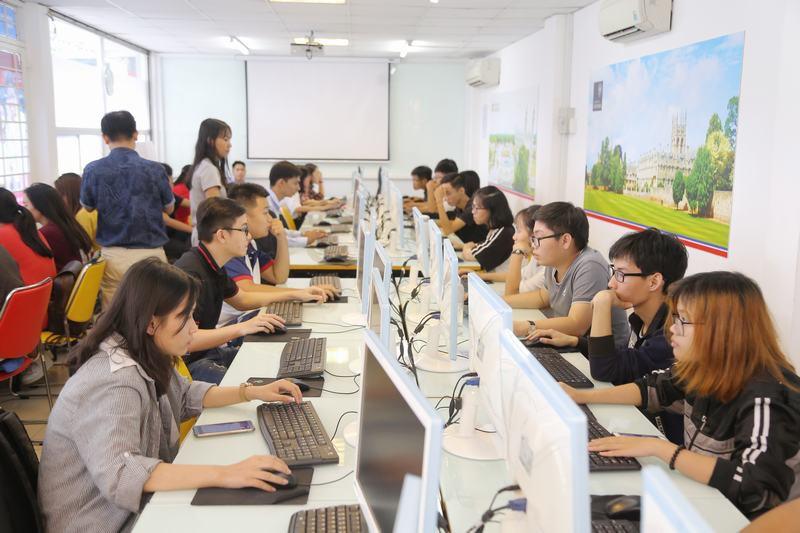Đón bắt xu hướng nghề nghiệp thời 4.0 với ngành Khoa học dữ liệu tại UEF - Ảnh 2.