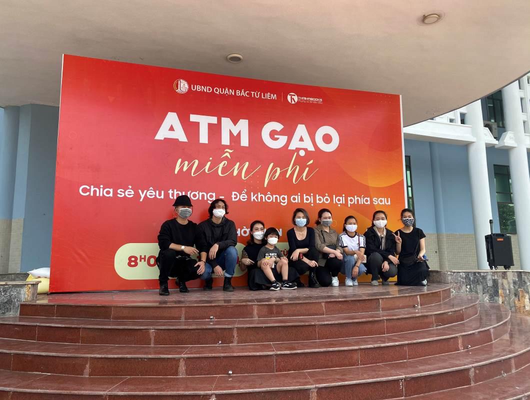 Bé lai Hàn 5 tuổi ủng hộ ATM gạo – 2 chữ đồng bào ấm lên giữa tâm dịch Covid-19 - Ảnh 9.