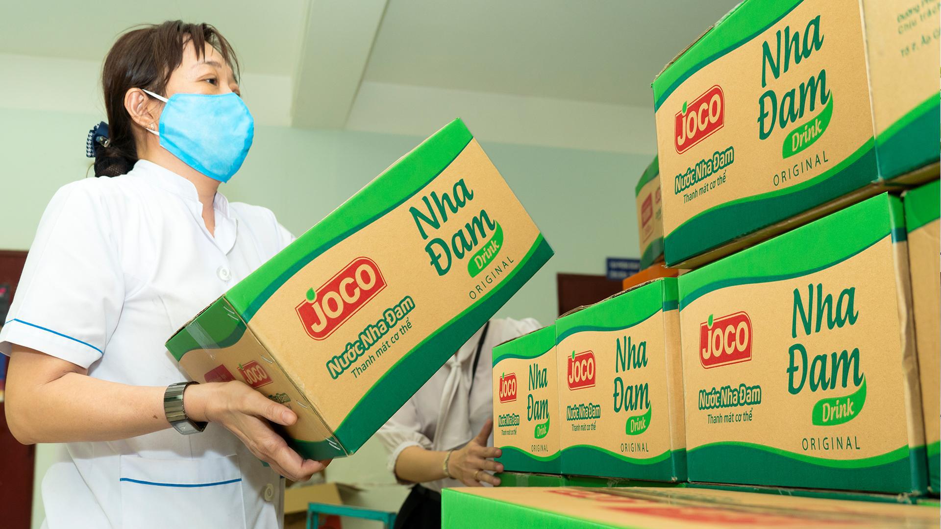 Uniben trao tặng 150.000 bữa ăn dinh dưỡng từ Mì 3 Miền và Nước trái cây Joco cho đội ngũ y bác sĩ các bệnh viện tuyến đầu - Ảnh 5.