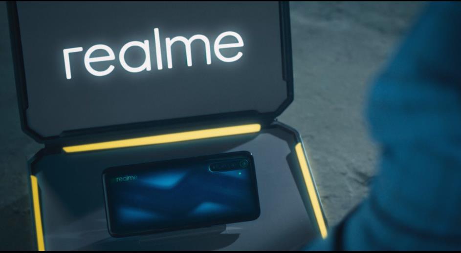 Vũ khí tối thượng Realme 6 Pro giúp điệp viên Isaac toàn thắng - Ảnh 3.