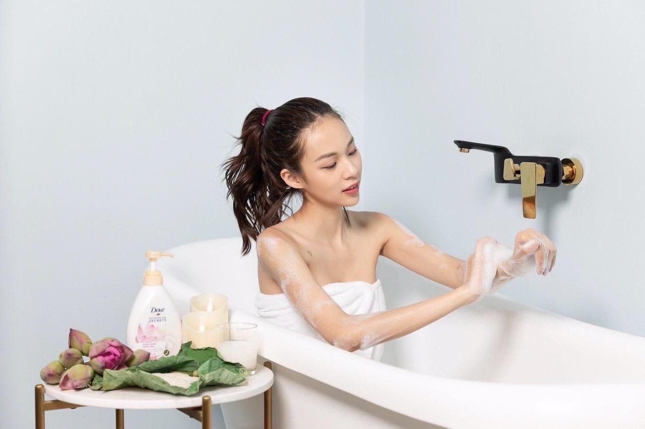 """Sau """"yêu bếp nghiện nhà thì các tín đồ làm đẹp Việt đang rần rần theo trend mở spa tại nhà - Ảnh 1."""