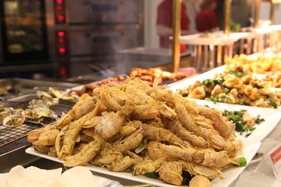 Điểm danh 4 món siêu hot trong buffet hải sản, hết cách ly rồi đi ăn ngay cho bõ thèm! - Ảnh 2.