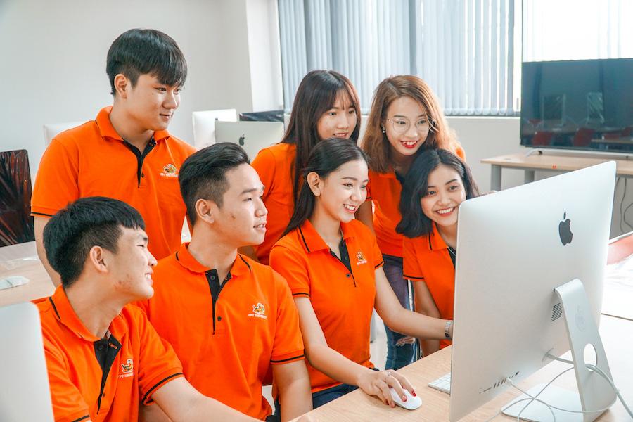 ĐH FPT ra mắt trang SchoolRank xếp hạng học sinh phổ thông toàn quốc - Ảnh 1.