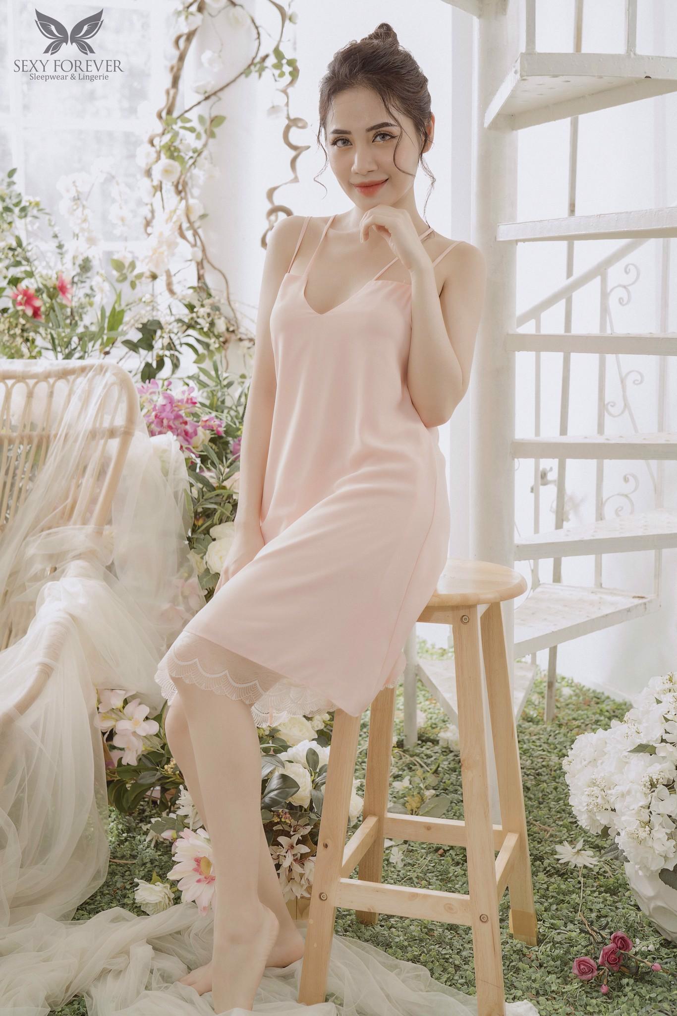 """Tín đồ thời trang làm gì lúc #stayhome: Ở nhà vẫn mặc đồ """"chanh sả"""" với loạt items có giá dưới 200k - Ảnh 4."""