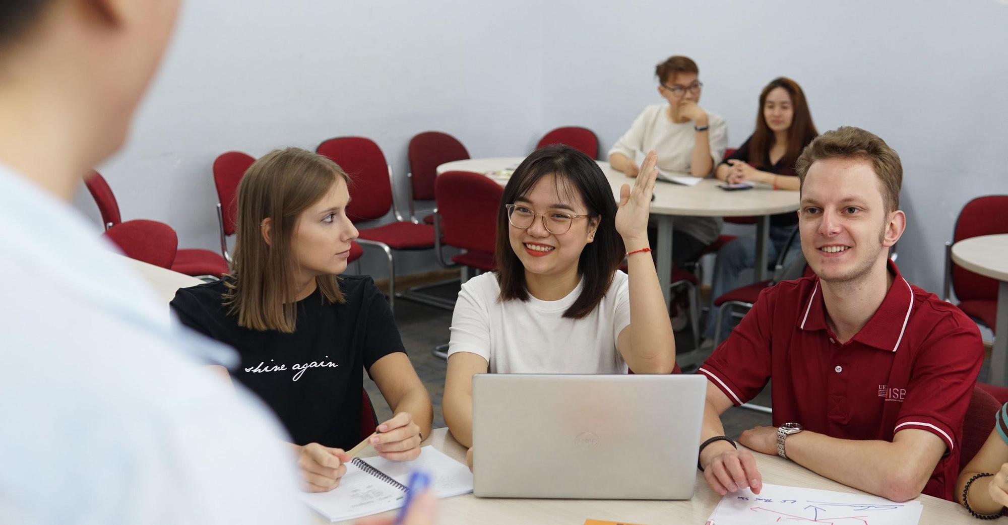 Viện ISB, Đại học Kinh tế TP. Hồ Chí Minh xét hồ sơ tuyển thẳng Cử nhân Kinh doanh Western Sydney BBUS - Nhận học bổng 50% - Ảnh 2.