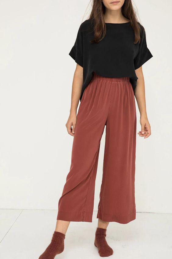 """Tín đồ thời trang làm gì lúc #stayhome: Ở nhà vẫn mặc đồ """"chanh sả"""" với loạt items có giá dưới 200k - Ảnh 6."""