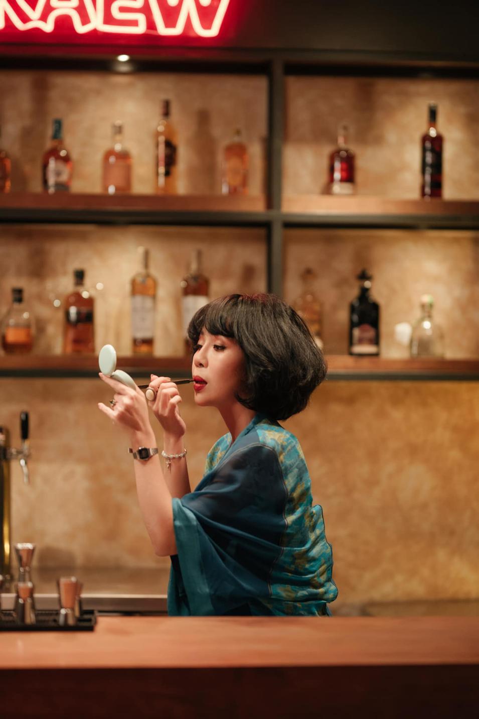 Trác Thúy Miêu lần đầu hóa Đả nữ, bạn thân của Thanh Sói trong phim hành động - Ảnh 2.