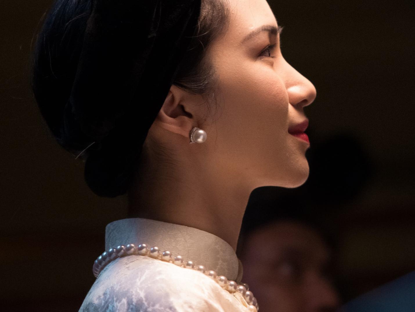 Hòa Minzy cùng PNJ tái hiện hình ảnh Nam Phương Hoàng Hậu trong MV mới - Ảnh 3.
