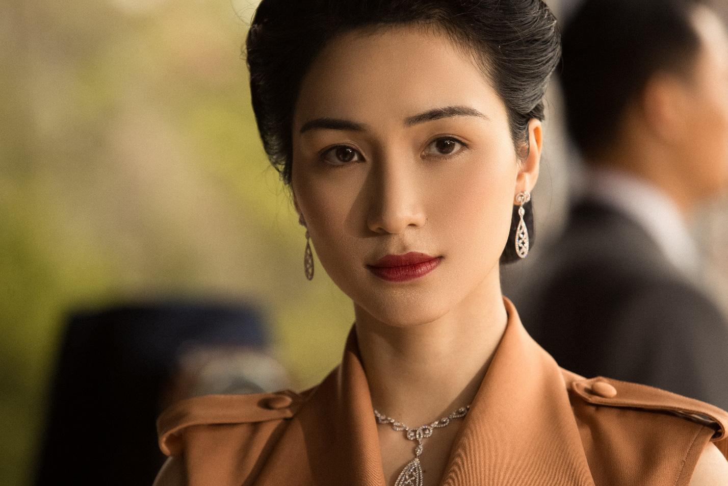 Hòa Minzy cùng PNJ tái hiện hình ảnh Nam Phương Hoàng Hậu trong MV mới - Ảnh 7.