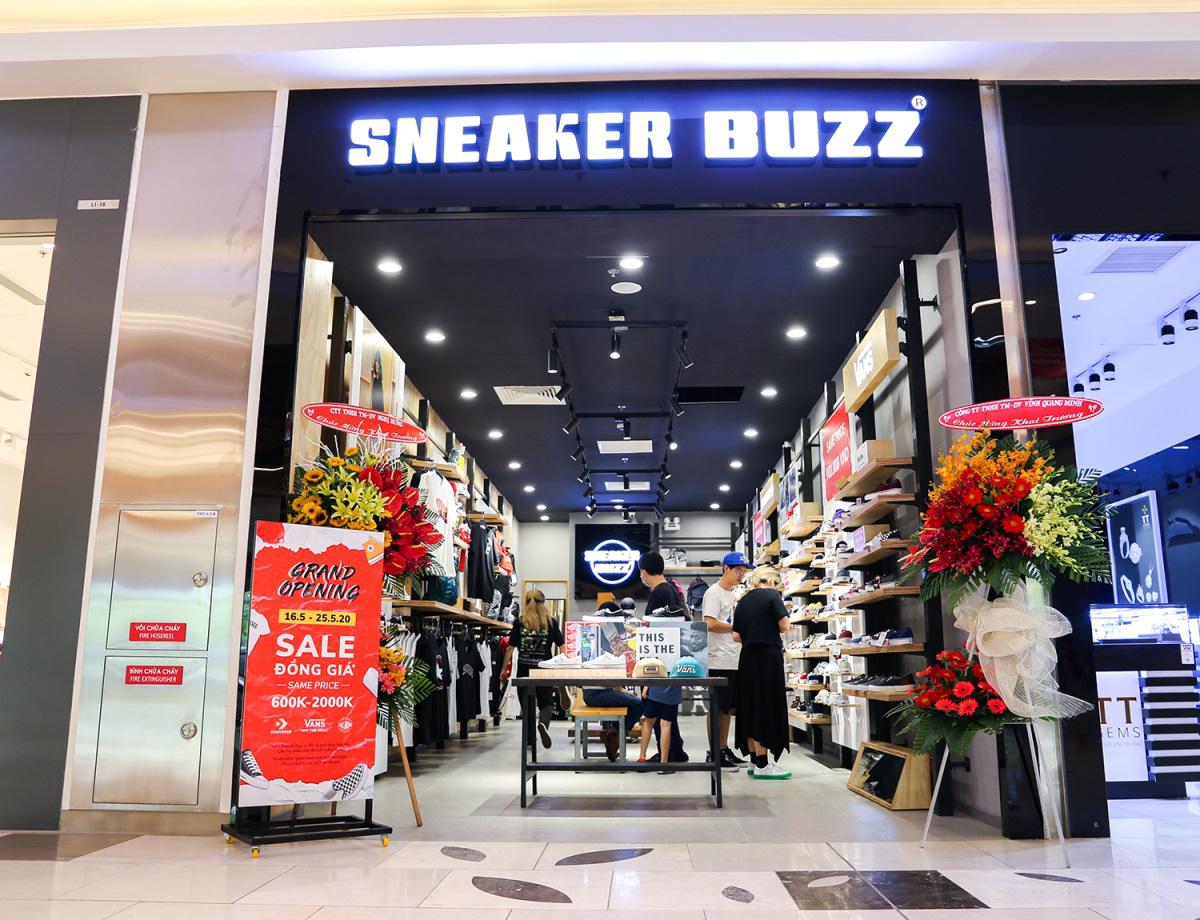 Sneaker Buzz tưng bừng khai trương nhà mới tại Estella Place - Ảnh 3.