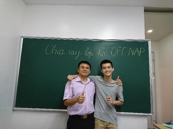 Người thầy say mê truyền lửa giúp nhiều học sinh đạt điểm 10 trong kỳ thi THPT Quốc gia - Ảnh 8.
