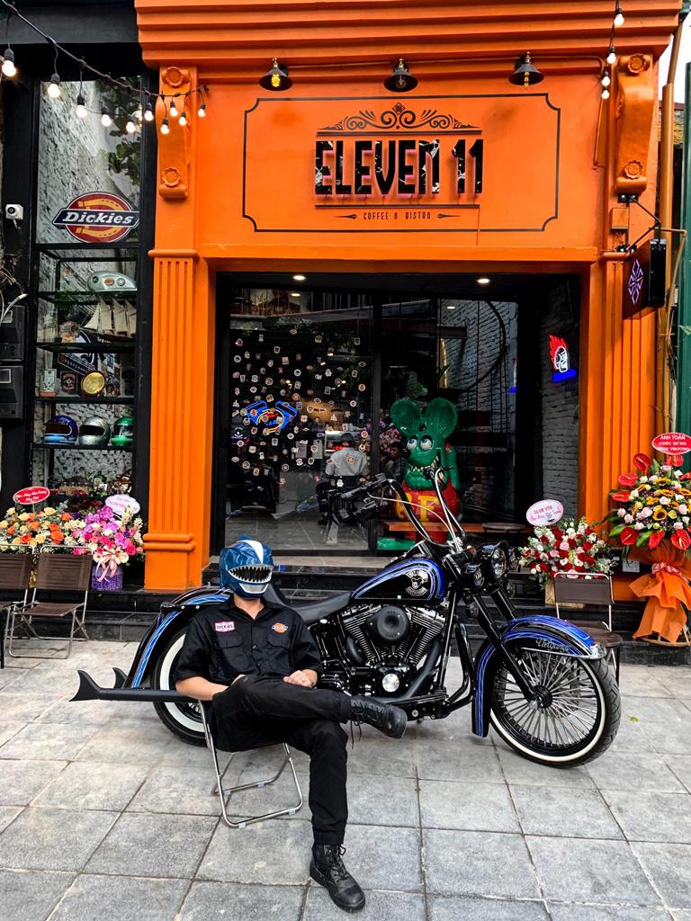 """Đơn giản mà hiện đại, đây là chốn """"tụ nghĩa"""" mới dành cho dân biker Hà Nội - Ảnh 2."""