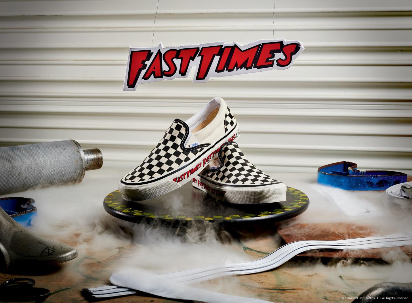Vans x Fast Times nhắc lại màn debut kinh điển của đôi Slip-on Checkerboard những năm 80 - Ảnh 1.