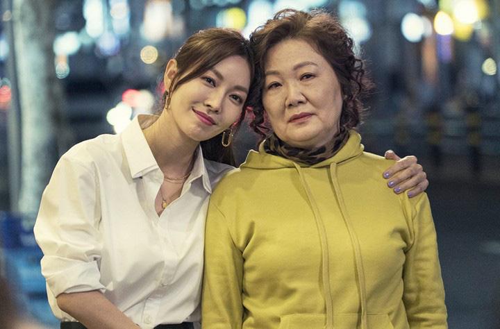 """Phim của """"Bà mẹ quốc dân"""" Hàn Quốc đạt rating siêu khủng lên sóng VTV3 - Ảnh 6."""
