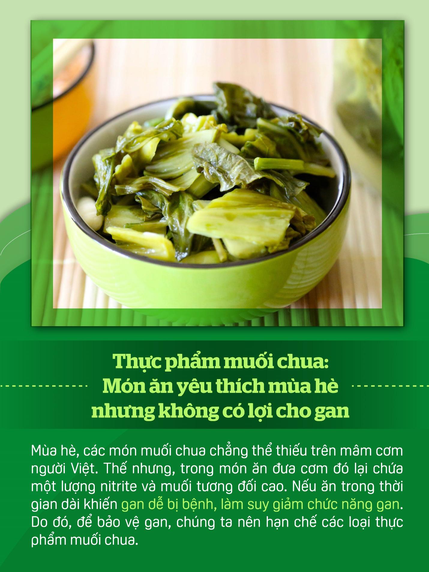 Nấu ăn mùa nắng nóng nhớ hạn chế những thực phẩm này để bảo vệ gan - Ảnh 2.