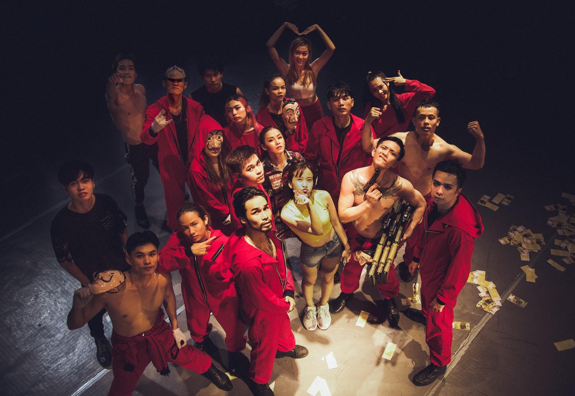 Mọt phim Netlix sẽ như được sống lại với bộ phim Phi Vụ Triệu Đô khi xem phiên bản dance cực xịn đến từ BCA Dance Group - Ảnh 1.