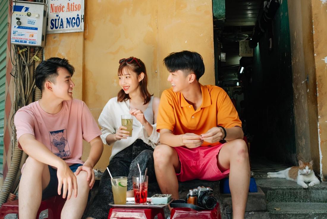 """Phố phường Hà Nội có cực nhiều tọa độ """"hot"""" nhưng UNIQLO Phạm Ngọc Thạch cũng vừa góp vui thêm một góc cực """"độc bạn đã biết chưa? - Ảnh 12."""