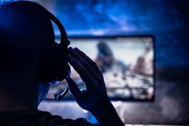 Game streamer, nghề ăn nên làm ra nhờ giãn cách xã hội - Ảnh 2.