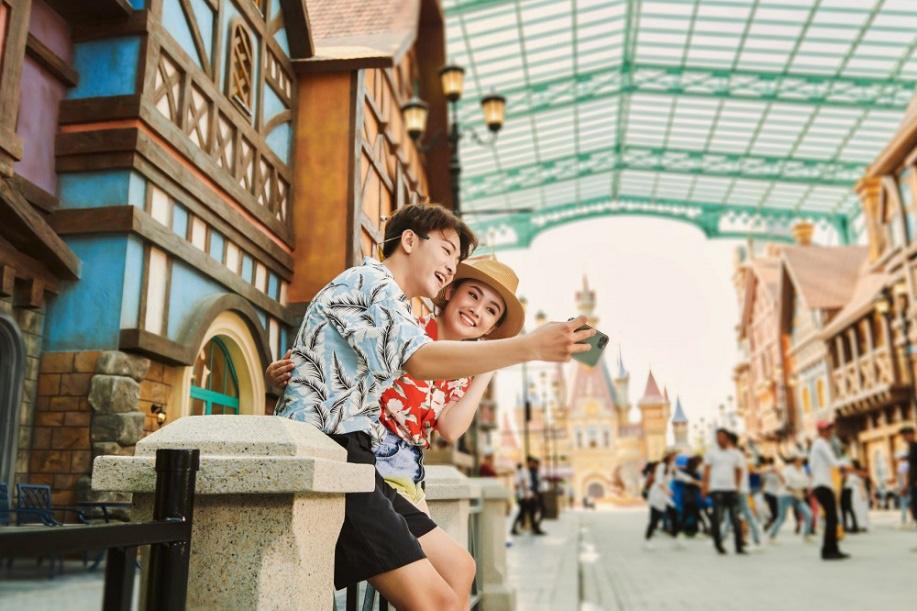 Top 5 trải nghiệm thế giới khiến giới trẻ mê mẩn tại công viên chủ đề lớn nhất Việt Nam - Ảnh 6.