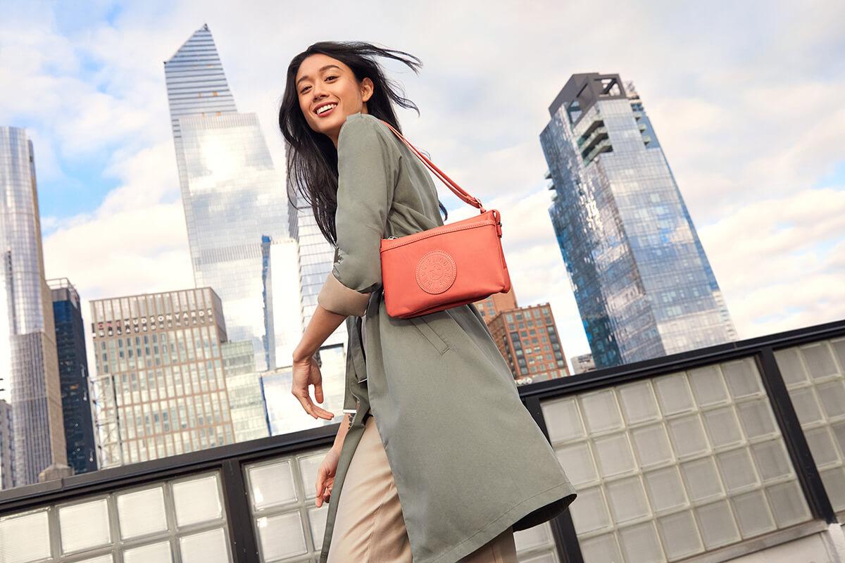 Kipling - Làn gió mới cho thời trang túi xách Việt Nam - Ảnh 3.