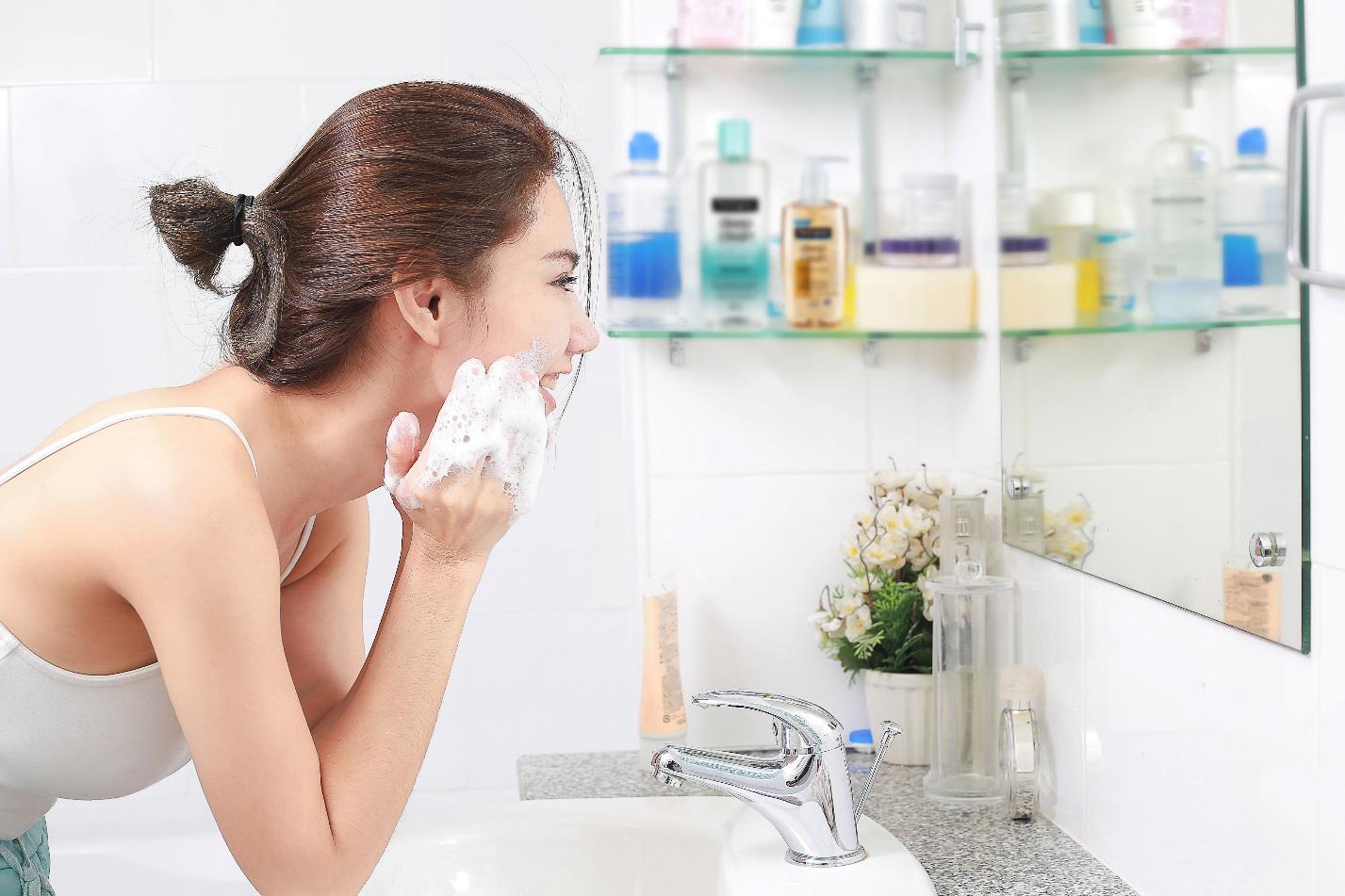 """""""Team yêu da"""" hiến kế rửa trôi bụi mịn: Giải pháp khoa học giúp làn da đối phó với ô nhiễm - Ảnh 3."""