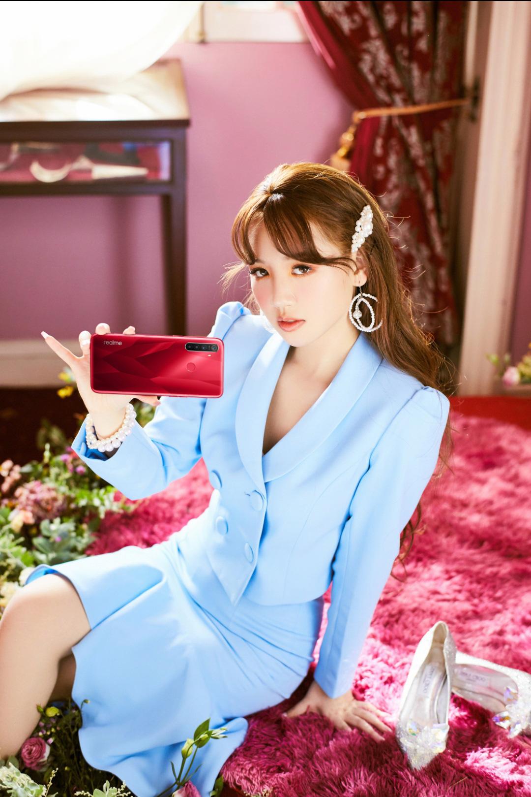Chỉ mới debut hơn 1 năm, nữ ca sĩ 10X Amee đạt nhiều kỳ tích đáng nể - Ảnh 7.