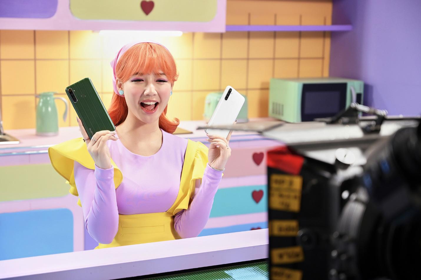 Amee xinh bá đạo trong hậu trường MV Yêu Thì Yêu Không Yêu Thì Yêu - Ảnh 8.