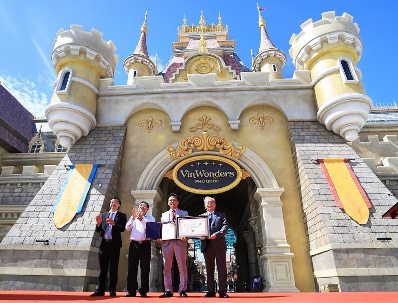 Khai trương công viên chủ đề lớn nhất Việt Nam – Vinwonders Phú Quốc - Ảnh 8.