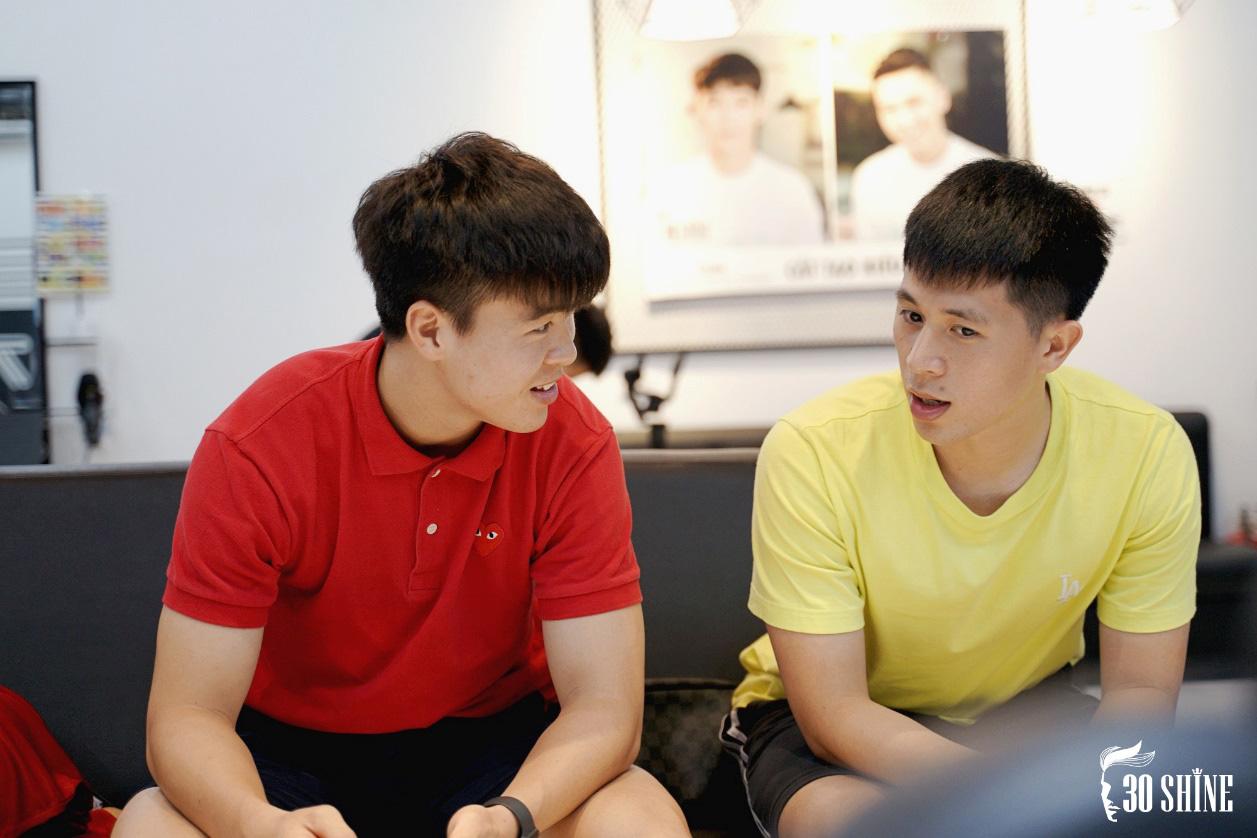 """Duy Mạnh - Đình Trọng thử một lần """"chơi lớn"""" kiểu tóc hot trend 2020 để xem fan có trầm trồ và cái kết - Ảnh 6."""