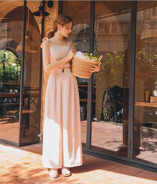 Điểm danh những item đậm chất summer không thể thiếu trong tủ đồ mùa hè của bạn - Ảnh 3.
