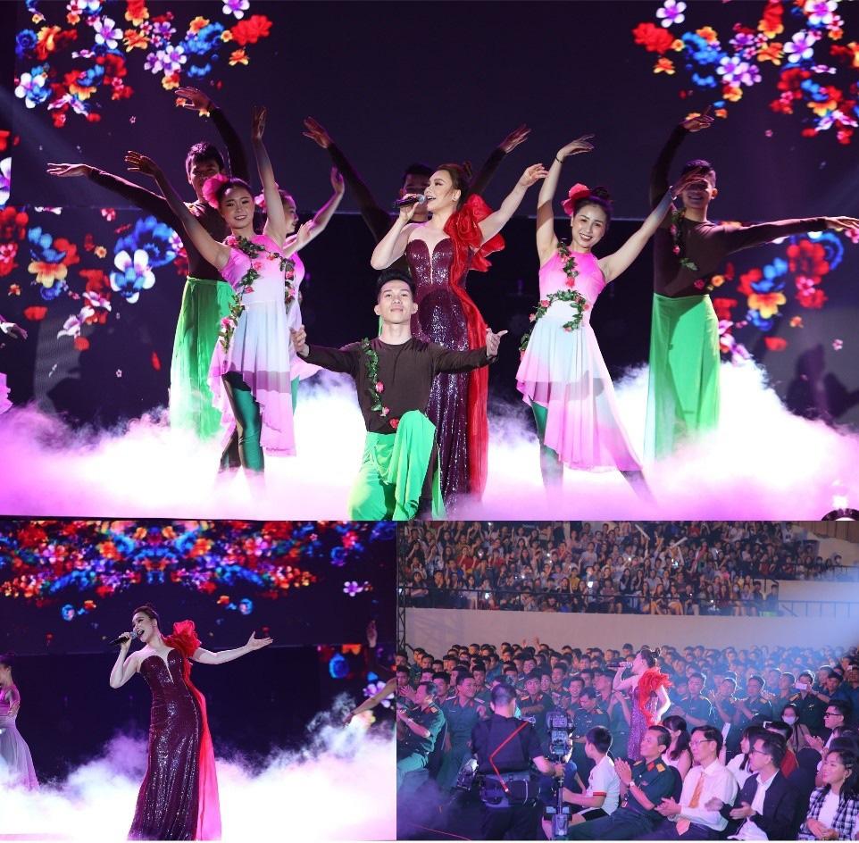 """Xúc động với chia sẻ của Châu Bùi cùng đại diện các chiến sĩ tuyến đầu chống dịch trong Đêm nhạc tri ân """"Khi ta sống"""" - Ảnh 7."""