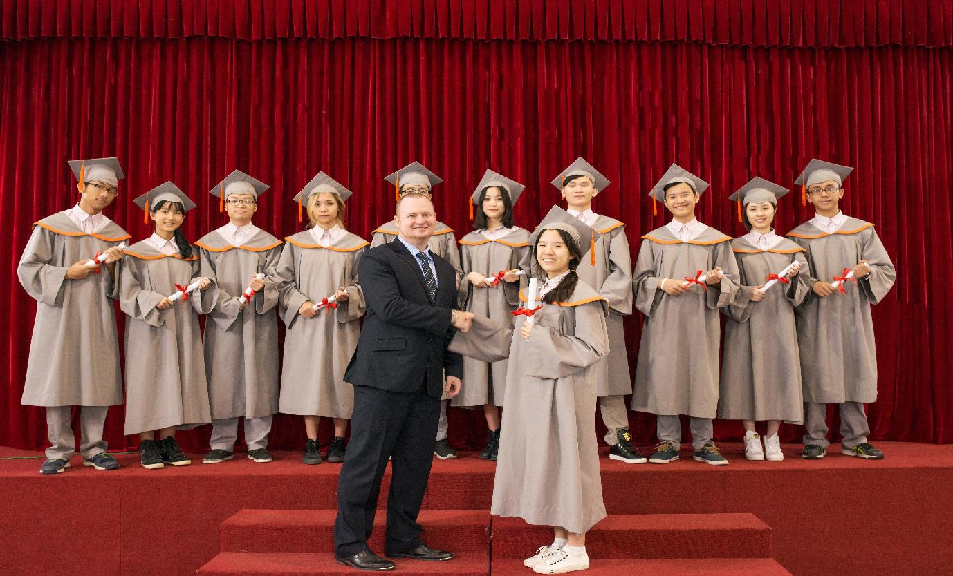 Nhận chứng chỉ quốc tế Cambridge tại trường quốc tế Singapore - Ảnh 2.