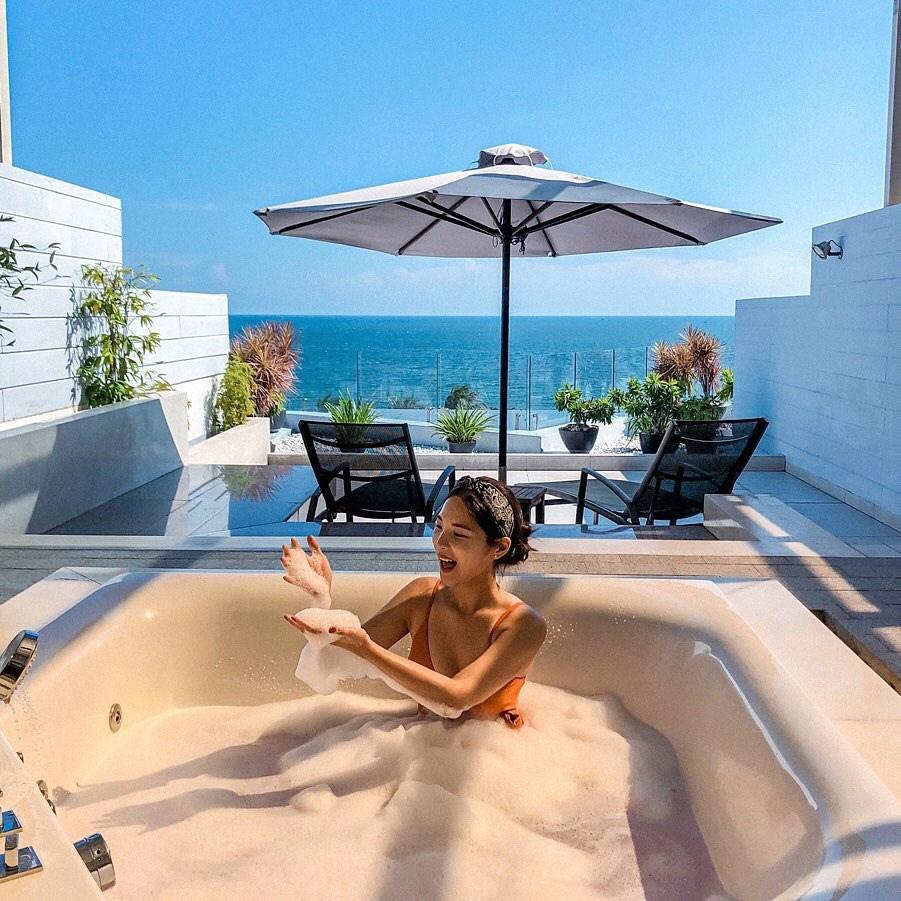Mê mẩn bồn tắm view biển hot nhất nhì Mũi Né đang được giới trẻ check-in rầm rộ - Ảnh 2.