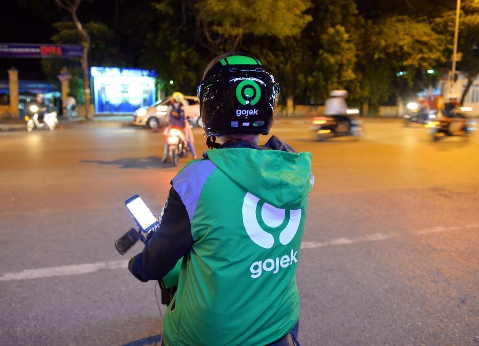 Đồng phục mới cho những tài xế đặc biệt trước ngày GoViet hợp nhất với Gojek - Ảnh 12.