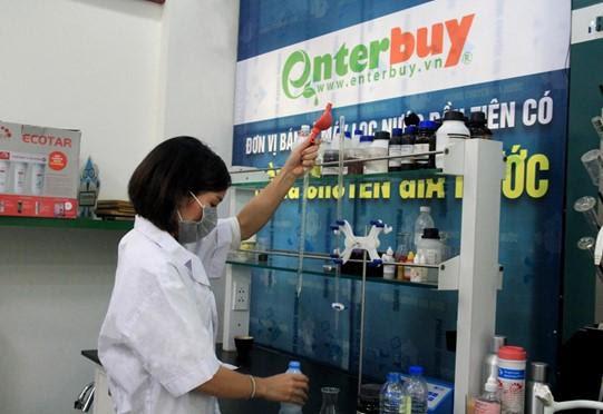 Ngày hội xét nghiệm nước miễn phí của Enetrbuy Việt Nam - đơn vị bán máy lọc nước uy tín Hà Nội - Ảnh 2.