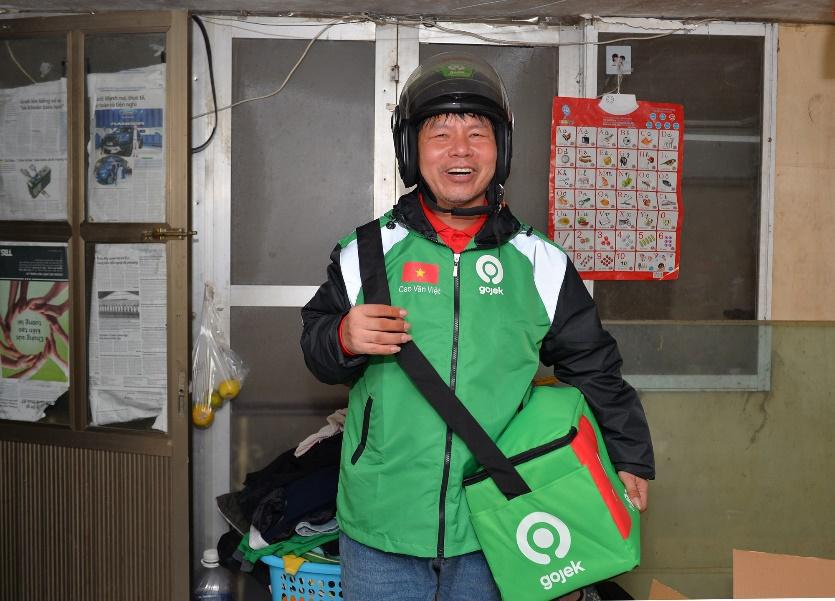 Đồng phục mới cho những tài xế đặc biệt trước ngày GoViet hợp nhất với Gojek - Ảnh 3.