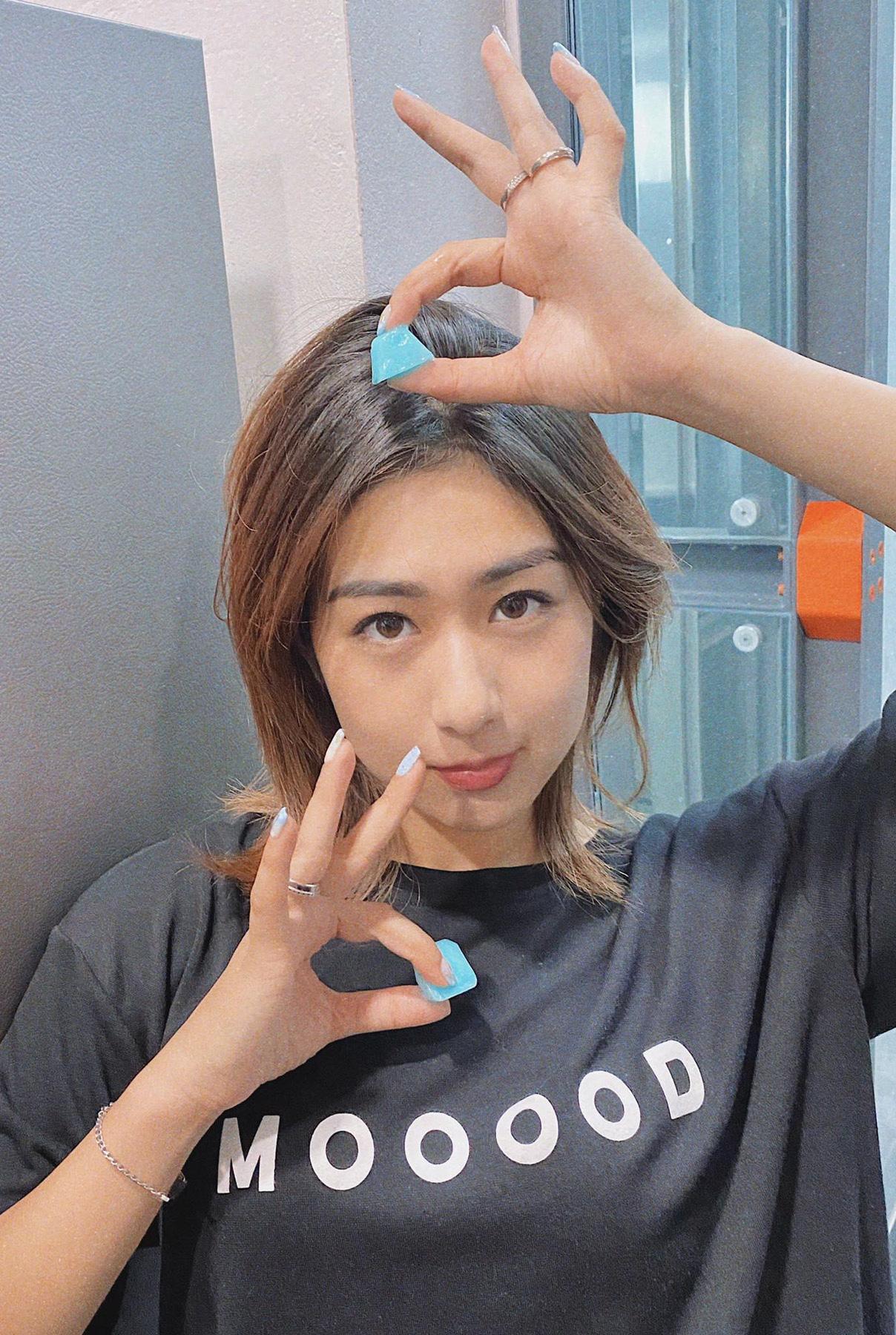 Thái Vũ, Nhung Gumiho, Trang Lou - những gương mặt đi đầu trong làng đu trend chụp ảnh với đá viên hot hit trên MXH - Ảnh 2.