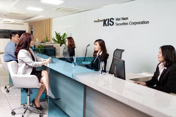 KIS tư vấn phát hành trái phiếu hoán đổi của An Phát Holdings trị giá 260 tỷ đồng - Ảnh 2.