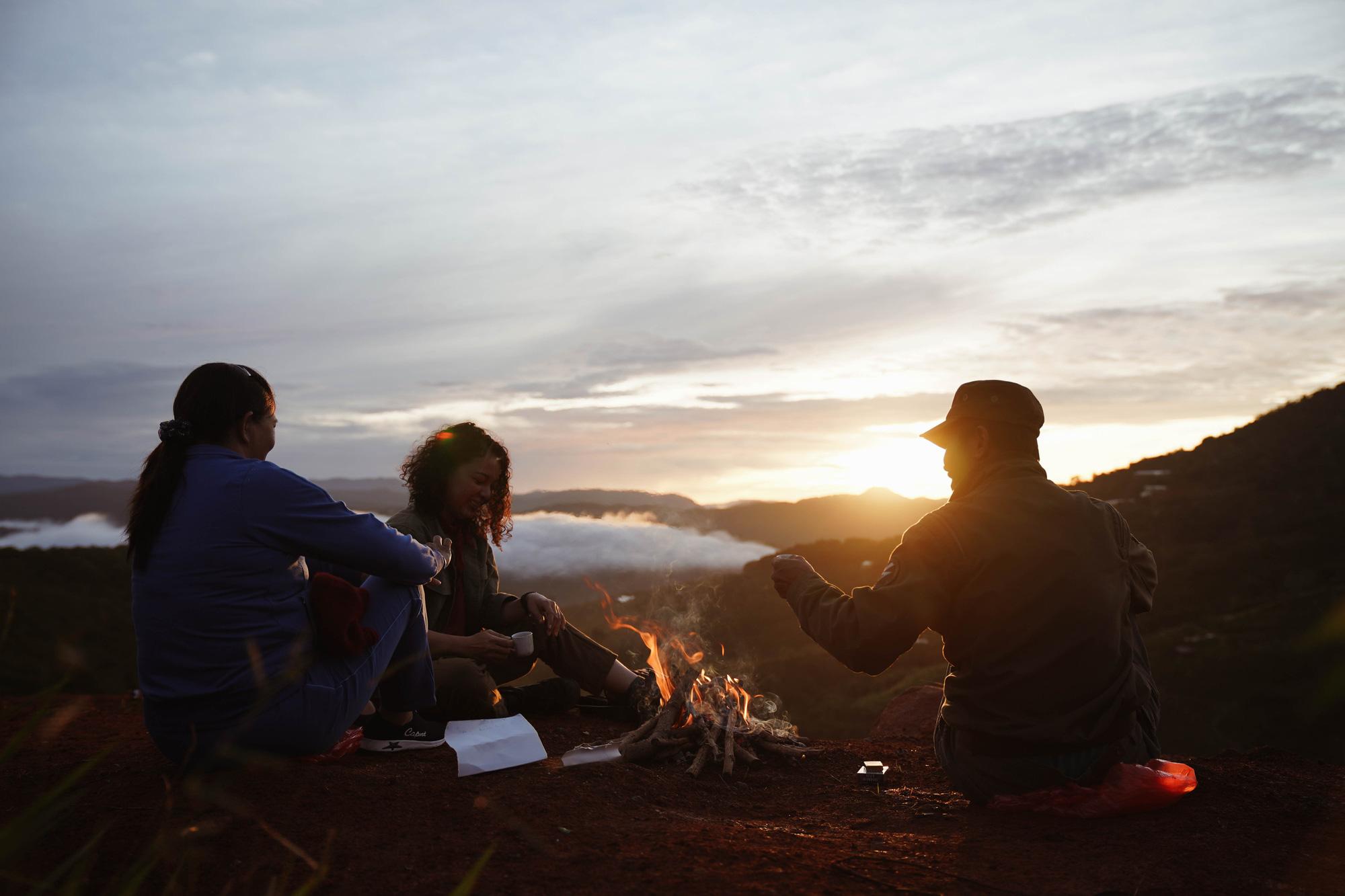 Những vùng đất cà phê Việt Nam hiện lên tuyệt đẹp qua góc nhìn của travel blogger Nhị Đặng: Nước mình còn nhiều nơi phải đi đến thế! - Ảnh 1.